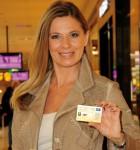 ORF-Meteorologin Dr. CHRISTA KUMMER shoppt besonders gern mit der SCS Shopping Card de luxe.