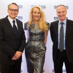 Das internationale Topmodel JERRY HALL eröffnete mit Managing Director CEE Unibail Rodamco ARNAUD BURLIN und Chairman of the Managing Board CEO
